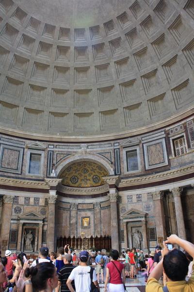 Pantheon Rome (4)