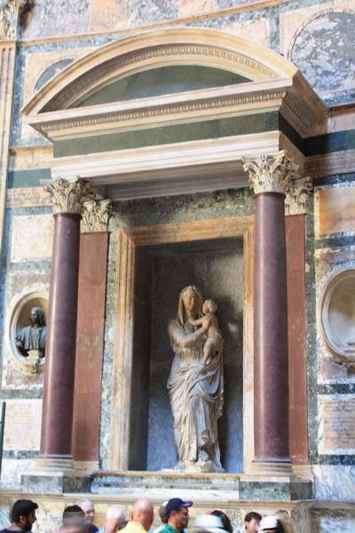 Pantheon Rome (6)