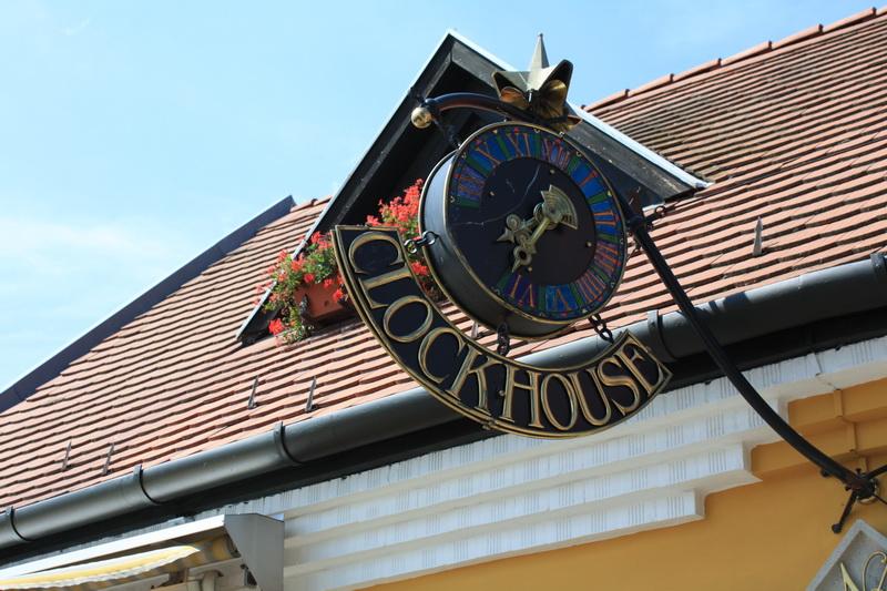 Το σπίτι του ρολογιού.