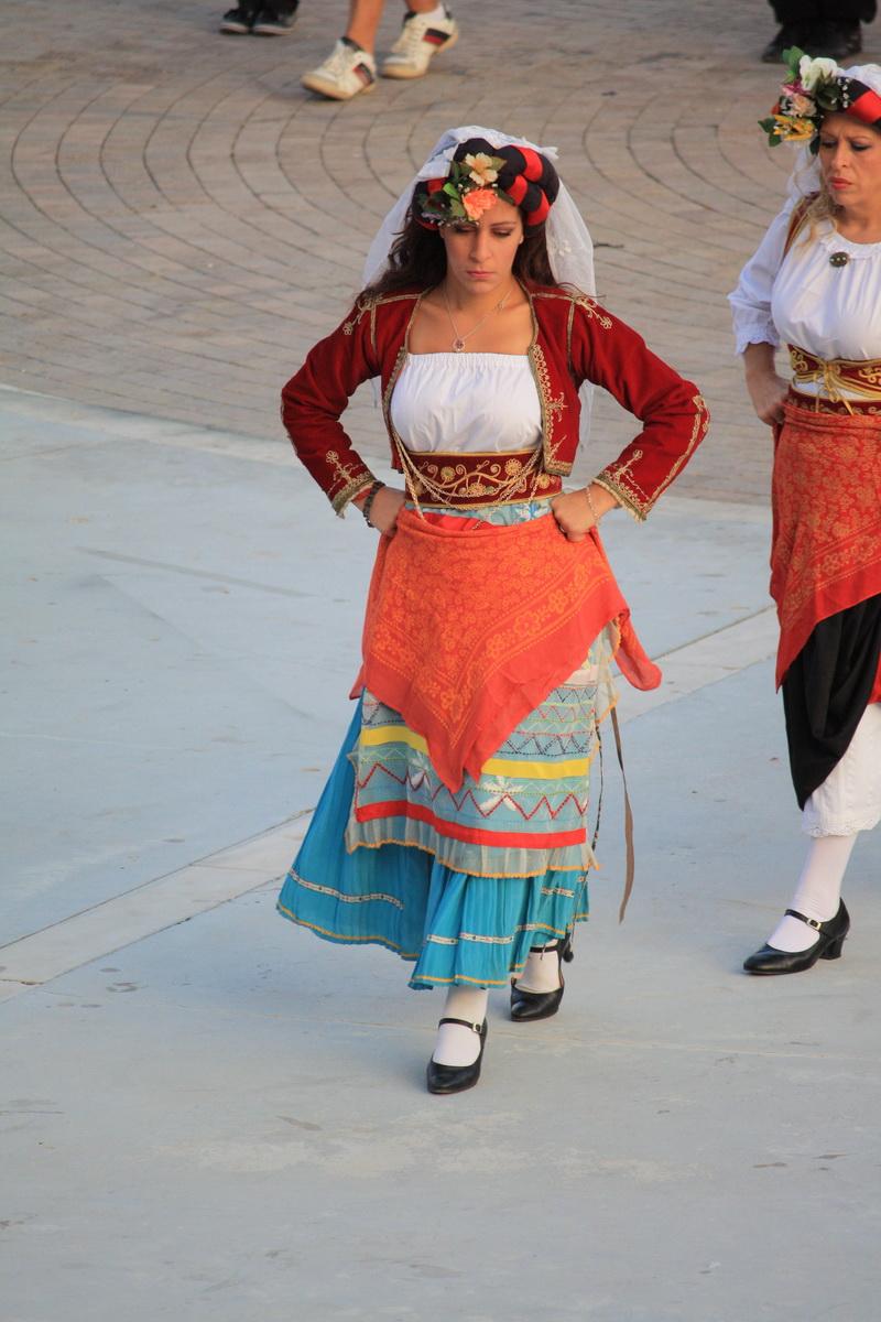 Κερκυραία χορεύτρια