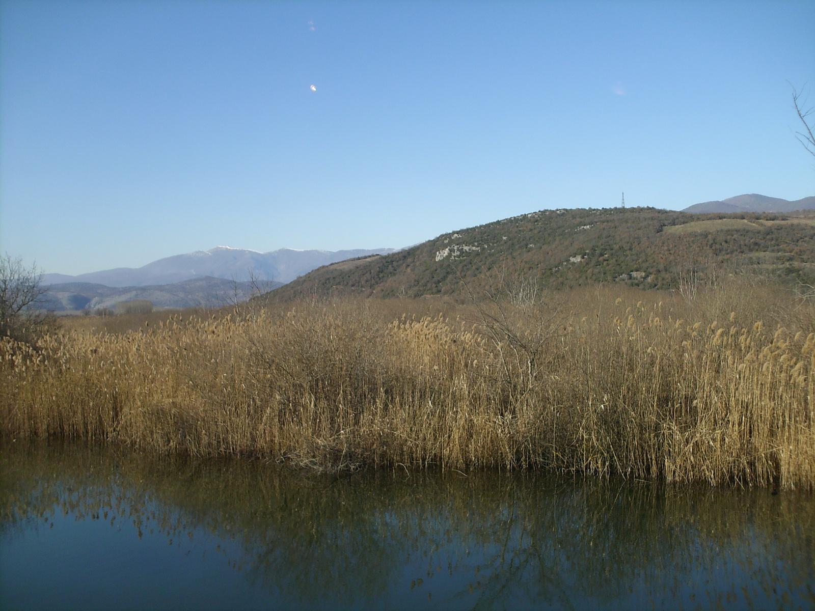 HPIM0322 λίμνη Αγρα_resize