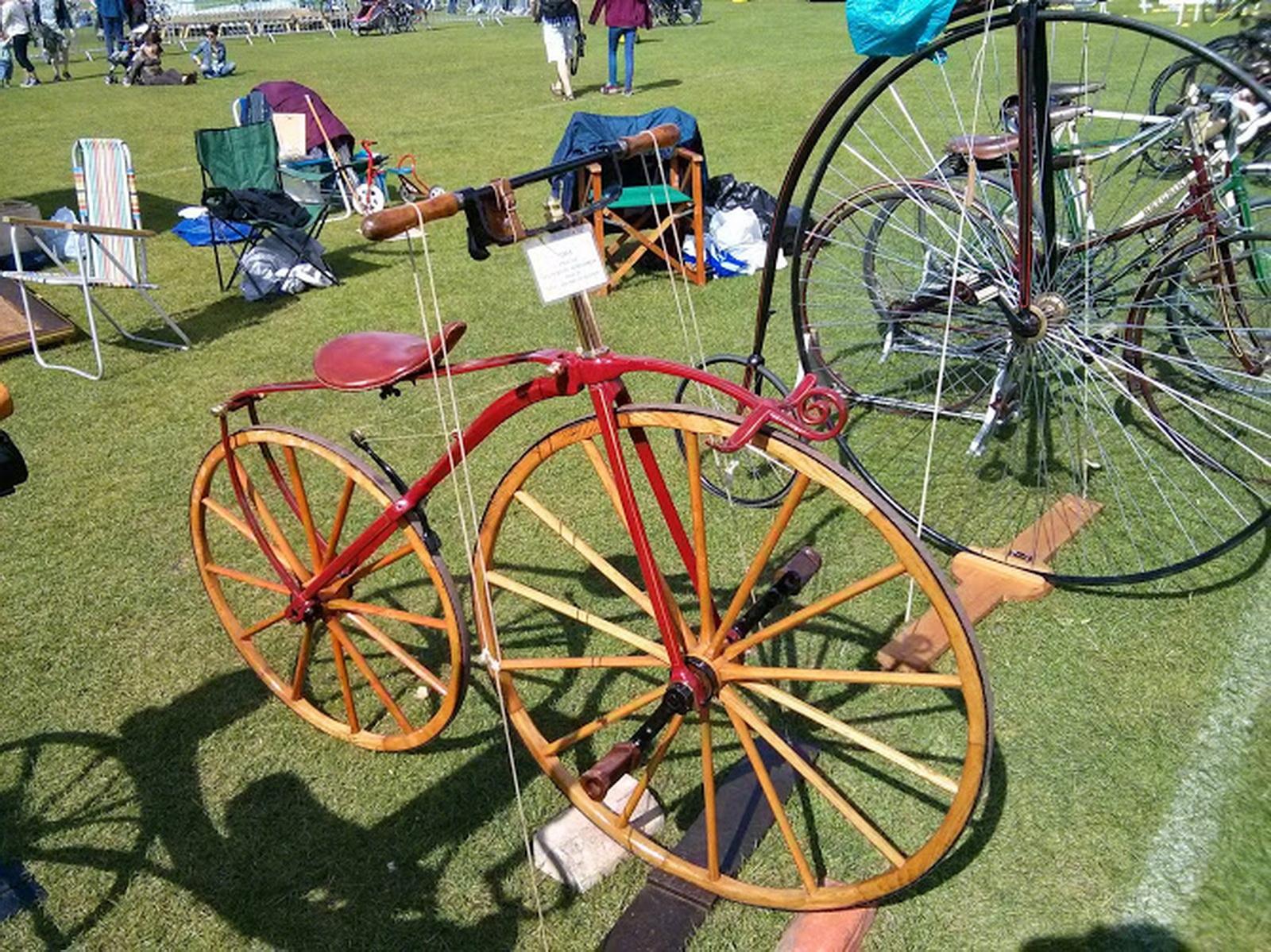 Ποδήλατο ξύλινες ρόδες